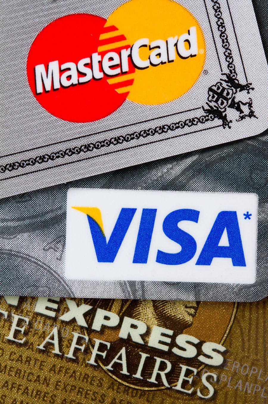 Cómo la deuda de la tarjeta de crédito afecta los acuerdos de divorcio